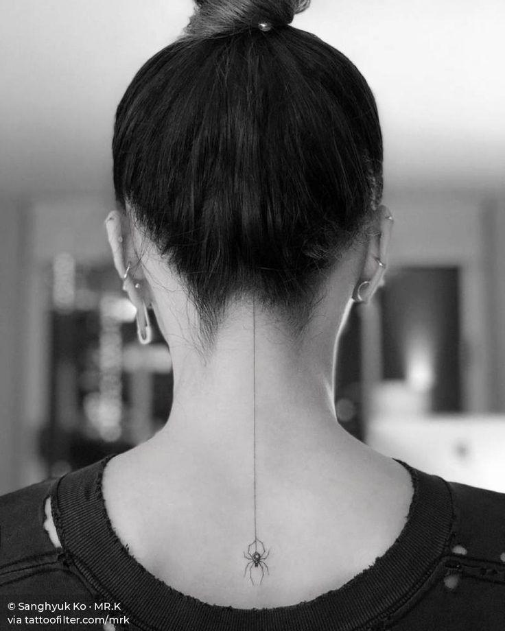 Tattoos On Neck Line In 2020 Line Tattoos Neck Tattoo Straight Line Tattoo