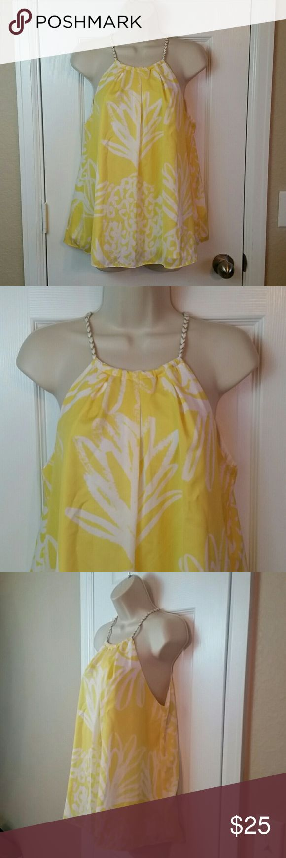 """Lilly Pulitzer Pineapple Punch sleeveless top Pit to pit 17"""" Length 25""""  Lilly Pulitzer for Target  Pineapple punch design in yellow Lilly Pulitzer for Target Tops Blouses"""