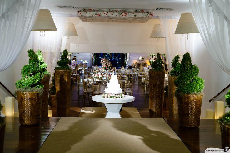 Casamento no Iate Clube RJ. Decorado por Tereza Reis