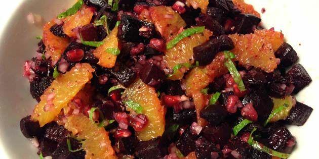 Rødbedesalat med appelsin - billedet er ikke så godt, men salaten så virkelig flot ud :-)