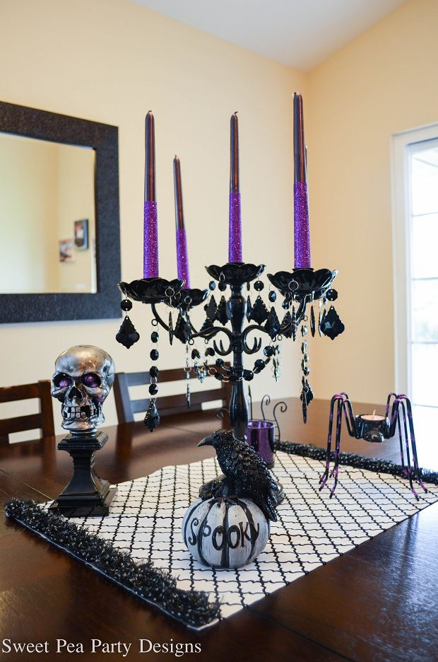 Halloween Table Decorations- Just saw all of this at Michael's!