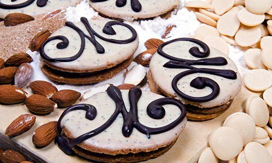 Podívejte se na recept na mocca cukroví. Toto oblíbené vánoční cukroví si zamilují nejen milovníci kávy, ale také ostatní. Kávové cukroví je stále více oblíbenější, tak jej zkuste.
