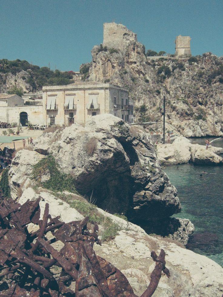 supercool hotel!! Scopello ligt tussen Castellammare en San Vito Lo Capo. De tonnara is oude tonijnvisserij in Scopello op Sicilie. Elk appartement biedt uitzicht op zee. Bijzonder!
