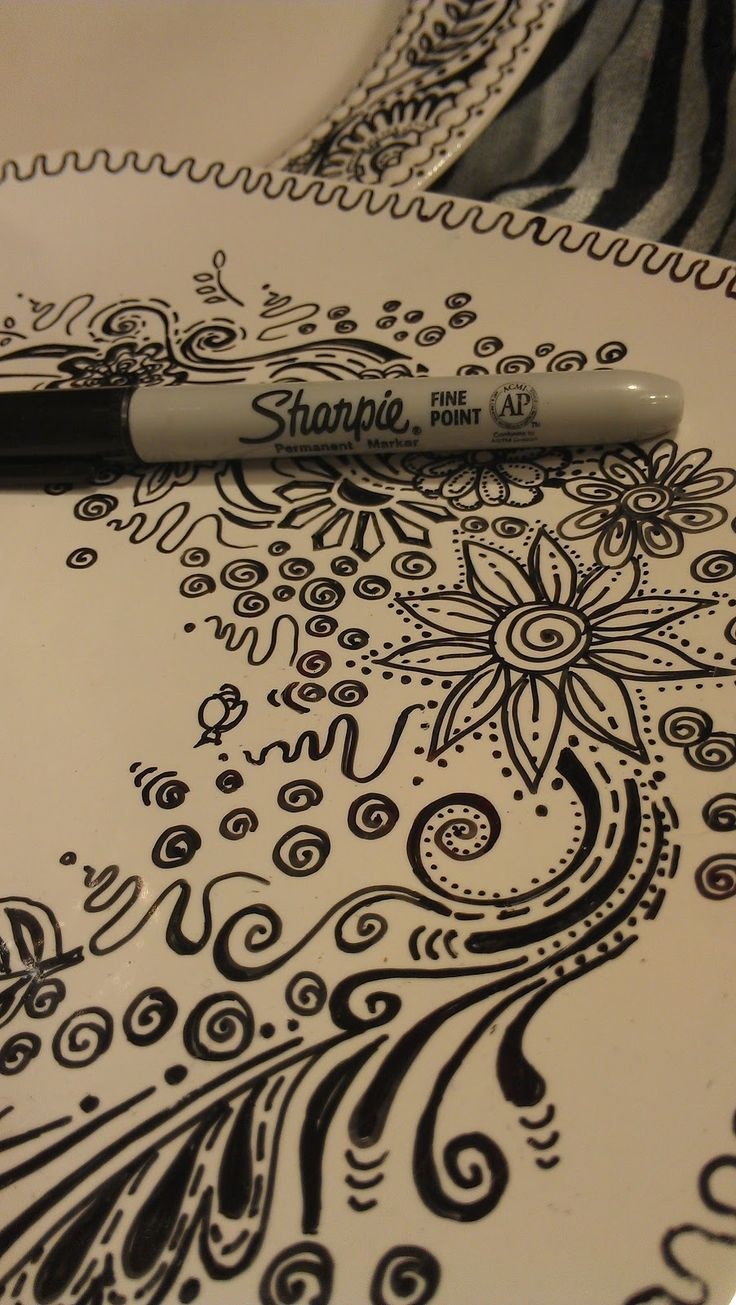 DIY   Sharpie markers on plates: Another great project/ gift idea with Sharpies. Personalized designs on plain white china dishes using Sharpie pens.  Doodling In My Mind