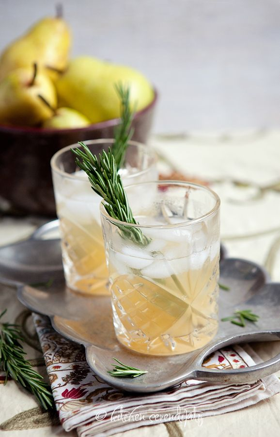 Maker's Mark Pear and Ginger Cocktail