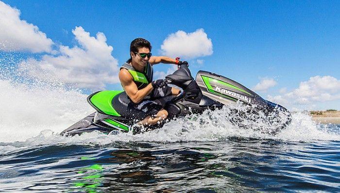 2017 Kawasaki Jet Ski STX-15F Feature