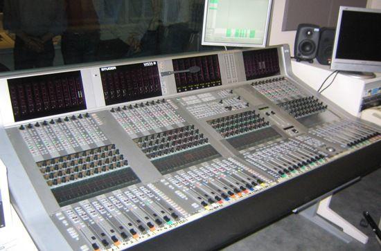 ¿Cuáles son los fundamentos de la ingeniería de sonido? El Prof. Manuel Sánchez nos acompaña en este podcast para conversar sobre un semanario que impartió en la UPR realcionado a este tema. #podcast #programas #investigandoyrebuscando