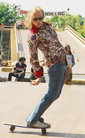 heath ledger. lords of dogtown. he was awesome in this movie talk about a great actor..