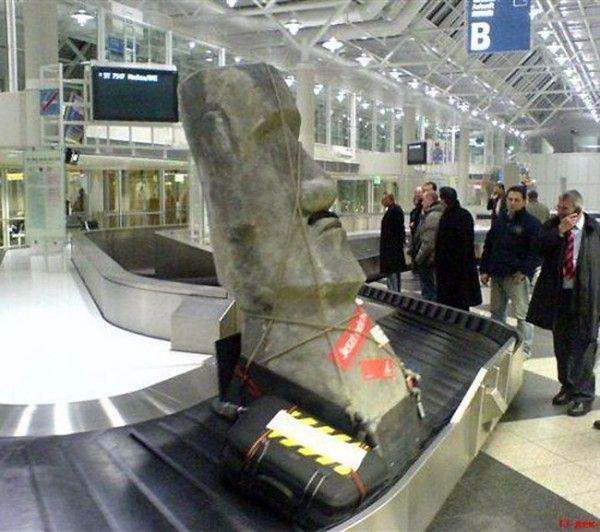 recuerdo de la isla de pascua . Más humor en www.lasfotosmasgraciosas.com
