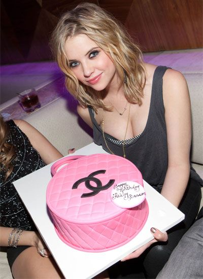 Ashley Benson's 22nd Birthday Chanel Cake  I want this for my birthday!
