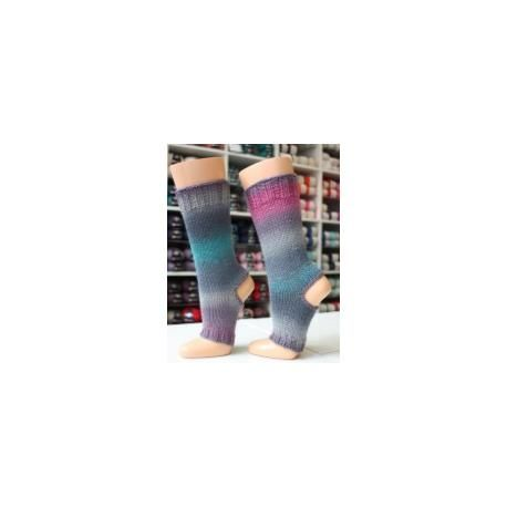 Gratis patroon van yoga sokken. Heen en weer gebreid maar ook beschreven voor breien in het rond. Gratis patroon op dolopwol.com