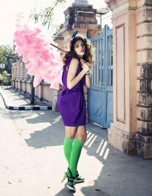 Inge de Lange, fashion styling, Fancy. Afgestudeerd aan de Amsterdam Fashion Institute als Modeontwerpster-styliste. Werkzaam als freelance mode-styliste en grafisch vormgever. Haar klantenlijst bestaat onder andere uit: Fancy, cosmogirl, Flair, Elle, Nouveau, V&D, DEPT, Viva en Marie Claire