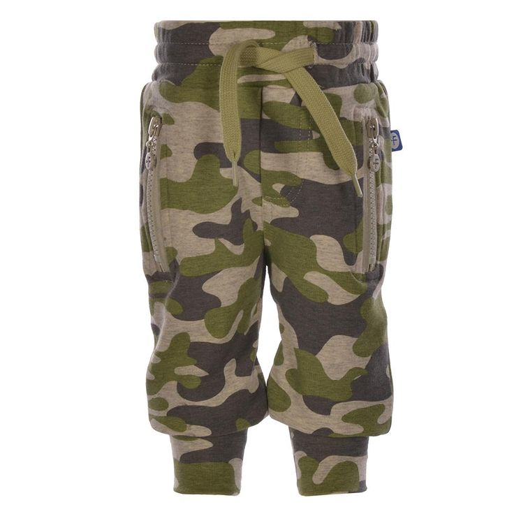 Sweatbroek/joggingbroek van Dress like Flo in een camouflage print | Olliewood