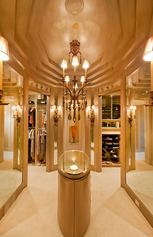 17 best images about a place to hang my on pinterest for Amazing closets