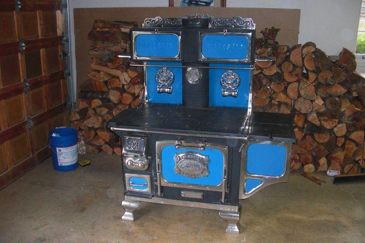 Antique Superior Cast Iron Wood Coal Gas Burning