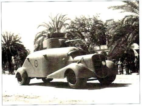 Hispano Suiza M-36, variante al final de la guerra con una torre de un tanque T-26.