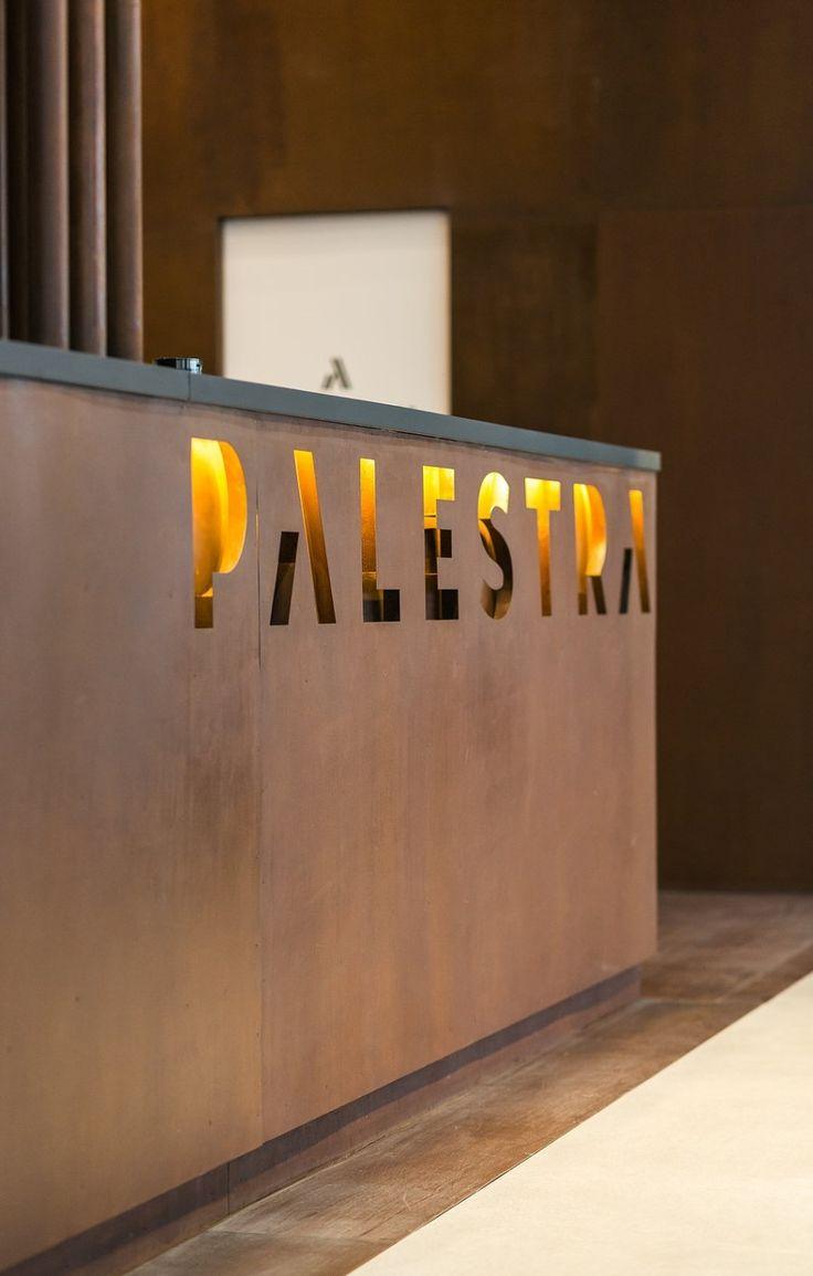 카페같은 편안한 감성의 인더스트리얼 피트니스센터 인테리어 300평 정도의 피트니스센터 인테리어입니다. ...
