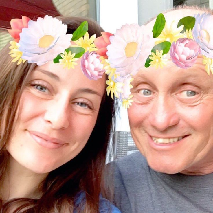 Haha. Snapchat selfie with @elizabethadasselin She says I look just like @kateasselin  #goodlooking #embarassmykids by kfasselin