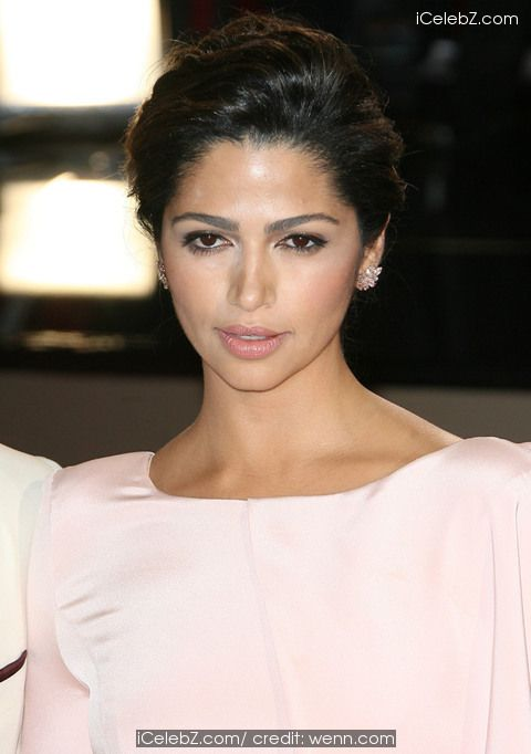 Camila Alves   The 86th Annual #Oscars held at Dolby Theatre http://www.icelebz.com/events/the_86th_annual_oscars_held_at_dolby_theatre/photo68.html