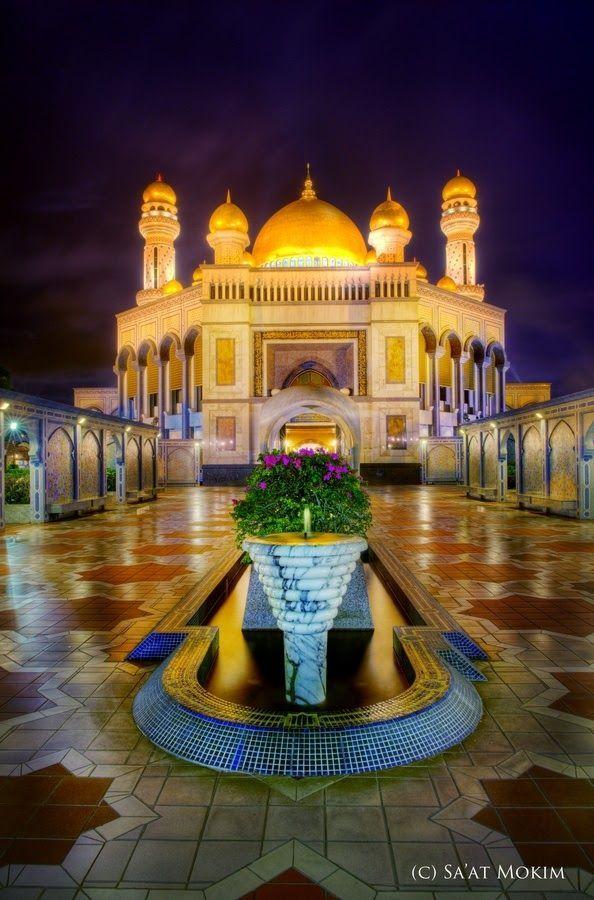 Masjid Omar Ali Syarifudin Bandar Seri Begawan, Brunei