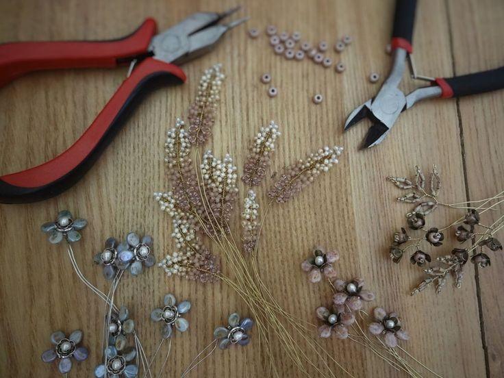 In the process...🎨 #wedding #weddingjewelry #weddingheadpiece #weddingtiara #weddingaccessories #bridal #bridaljewelry #bridalaccessories #bridalheadpiece #hairhalo #latviandesign #tiaras #weddingjewelrysets#weddingbracelet #rusticwedding #rustic #vintage #vintagewedding #vintageweddingjewelry #boho #bohowedding #flowerjewelry #hairdiadem #diadem #weddingcrown #inspiration #handmade #diy #creation