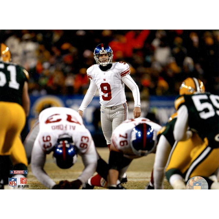 Lawrence Tynes Lining up for Kick vs Green Bay 8x10 Photo