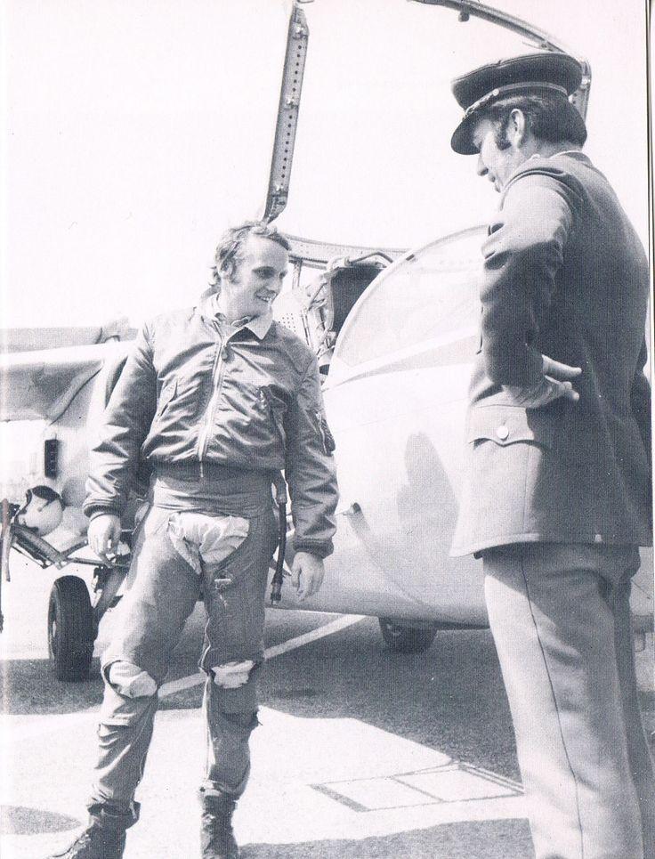Niki Lauda join a Jabo Squadron of the Austrian army