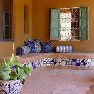 14 best images about deco exterior on pinterest raised for Mexican porch designs