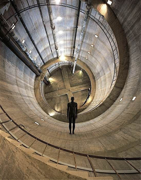 Anthony Gormley - 'Edge II', 2000  Cast iron, 38 x 54 x 193 cm  Installation view, TUSCIAELECTA: Arte Contemporanea Nel Chianti, San Casciano Water Tower, Italy, 2002/2003 Photograph by Rabatti  Domingie