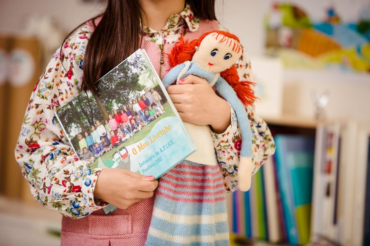 """""""Happy Kids"""" Livro de Curso Infância by Ineditar"""