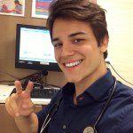 """676 curtidas, 12 comentários - Gabriel N. S. Prado (@dr.gabrielprado) no Instagram: """"Eai, como que ta seu segundo dia com 28 anos?! Hahahah Boa noite a todos 😍❤️😘"""""""