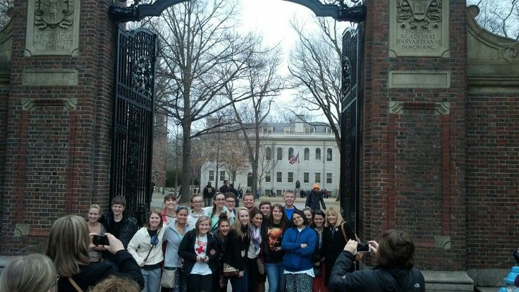 Cast of Legally Blonde at Harvard