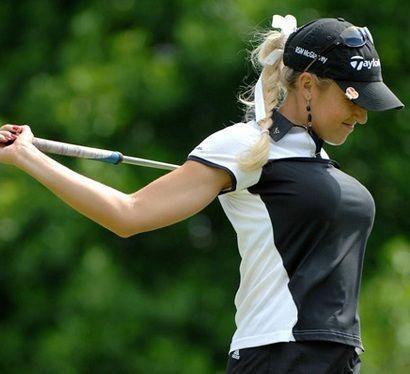 Amazing Hottest Women in Golf – Natalie Gulbis #Golfhumor