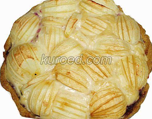 К чаю: Эльзасский яблочный #пирог с ванильным кремом  http://www.kuroed.com/recipe/69305/ вкусный, нежный, не слишком сладкий: рассыпчатая песочная корзиночка, сладкие яблоки и нежный ванильный крем. Его можно готовить и без яиц.  #кулинария #рецепты #вкусно #яблоки