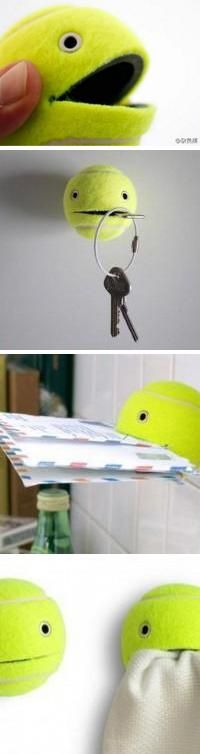 Pacman en balle de tennis - Madiwi    this could be really helpful around a dorm