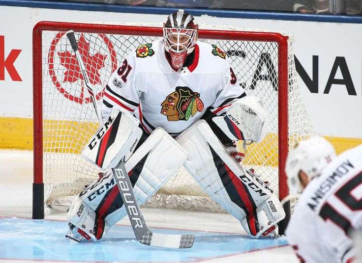 TORONTO, ON - OCTOBER 9: Anton Forsberg #31 of the Chicago Blackhawks gets set to face a shot during warm-up prior to playing against the Toronto Maple Leafs in an NHL game at the Air Canada Centre on October 9, 2017 in Toronto, Ontario. The Maple Leafs defeated the Blackhawks 4-3 in overtime (Photo by Claus Andersen/Getty Images)