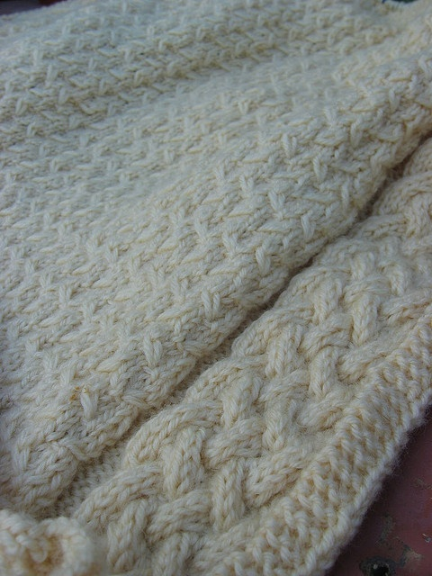165 best images about Knitting Baby Blankets on Pinterest Free pattern, Cab...