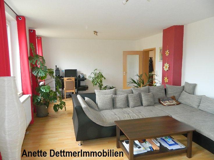 VERMIETET: Wohnung mit eigenem Eingang, Terrasse und Garten. Weitere Informationen und Angebote unter: www.dettmer-immobilien.de