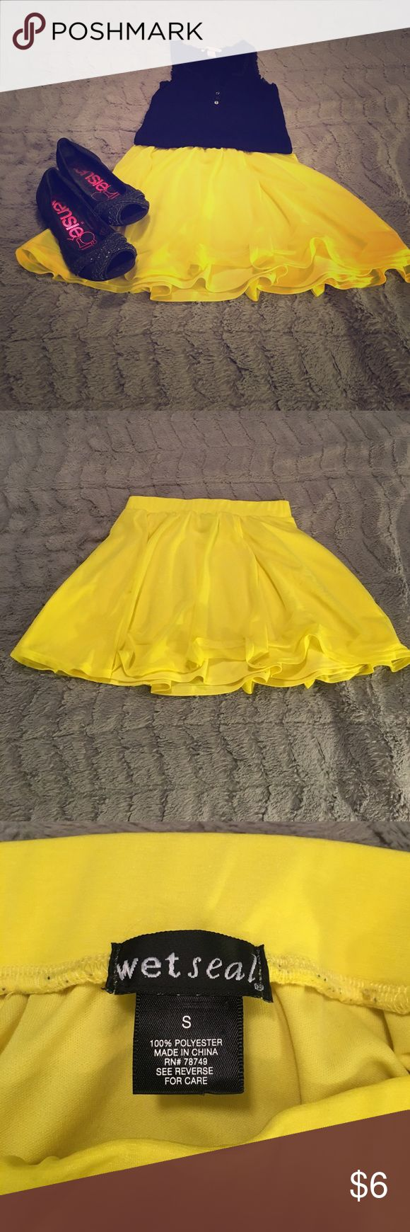 Bright Yellow Skater Skirt This is too cute! Great for spring and summer. In perfect condition. Wet Seal Skirts Circle & Skater