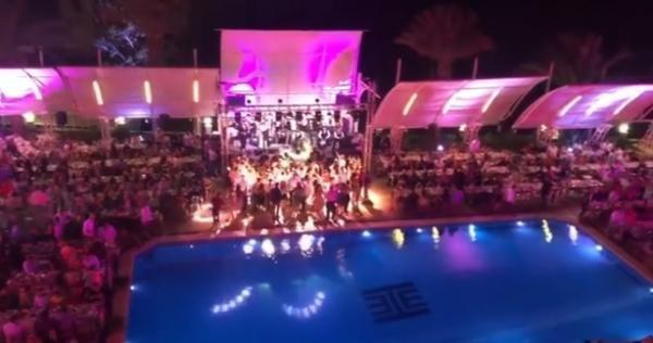 أحضرها إلى دمشق لتلميعه فضيحة لـ نظام الأسد تفسد حفل المطربة اللبنانية ليال عبود صور Concert