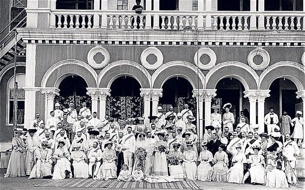 A wedding party in Poona (now Pune) Photo: Simon Durnford (from The Telegraph).  Any ideas where this photo could have been taken?