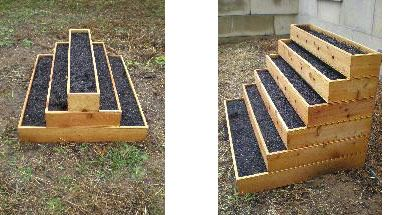 six level tiered system is nearly maintenance-free, eliminating heavy weeding, and its northwestern cedar construction renders it naturally bug repellent.
