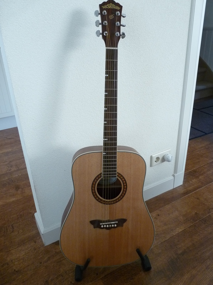 Arthur's  WashBurn acoustic guitar