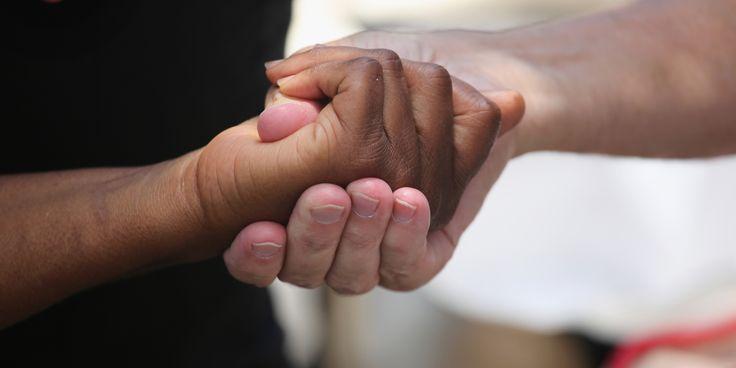 """É DIFÍCIL FAZER COM QUE OS """"BEM INTENCIONADOS"""" ENTENDAM O RACISMO Não é raro ouvir de gente de esquerda, por exemplo, que o problema racial está embutido na desigualdade social."""