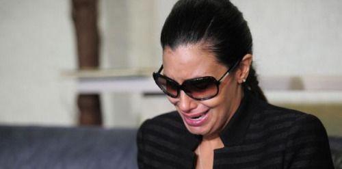 Alba Reyes narra desgarradora escena de la muerte de su madre...