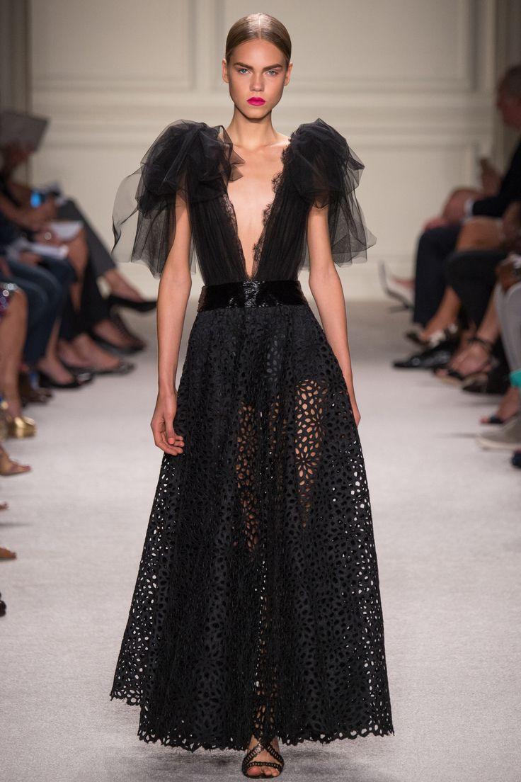 Marchesa Spring 2016 Ready to Wear Collection Photos   Vogue