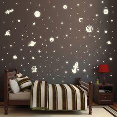 Wandtattoo - Wandtattoo Weltall für Sternhimmel/ Fluoreszierend - ein Designerstück von wandtattoo-loft bei DaWanda