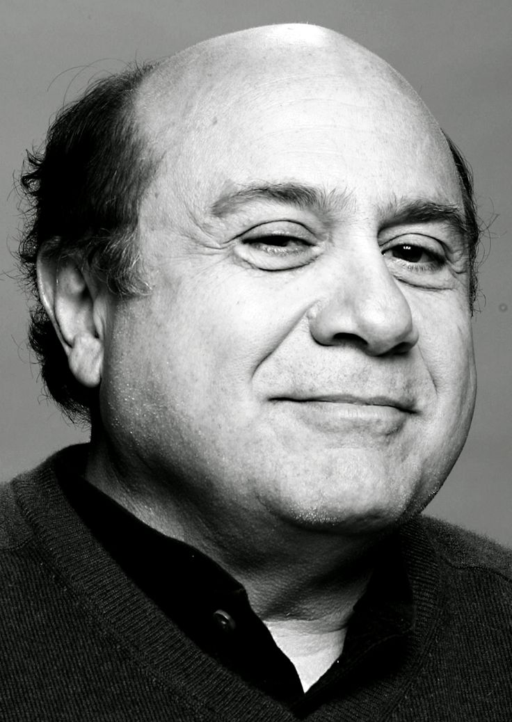 Danny DeVito (Daniel Michael DeVito Jr.) (born in Neptune, New Jersey (USA) on November 17, 1944)