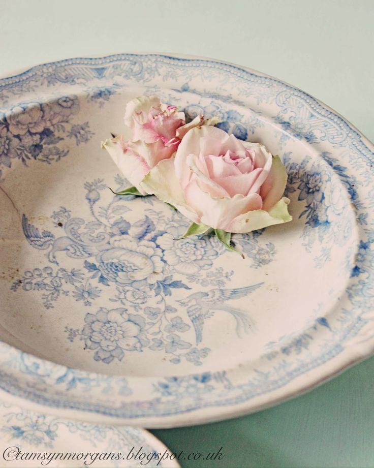 обратный декупаж тарелочки в французском стиле