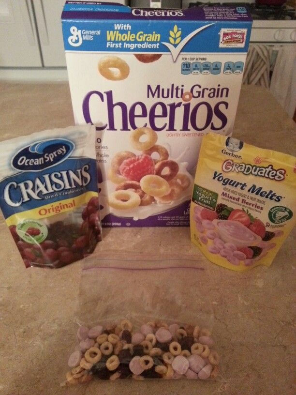 Toddler Trail Mix: Multi grain cheerios, yogurt melts and craisins